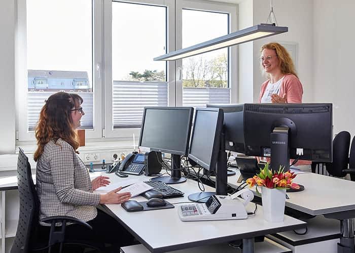 Büroarbeiten bei ad.fides